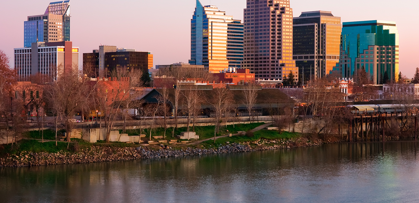 DISCOVER PREMIER LODGING IN THE HEART OF SACRAMENTO, CALIFORNIA AS A GUEST OF THE GREENS HOTEL